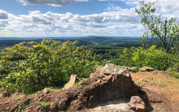 sunny day with views on the net mattabesett section 11