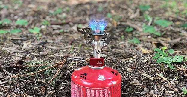 msr pocket rocket hiking stove ignited
