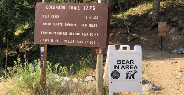 Bear warning near Waterton Canyon average hiker