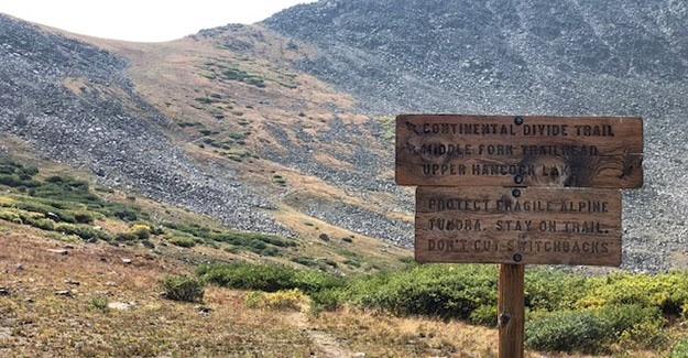 Trail sign Near Hancock Lakes on the Colorado Trail