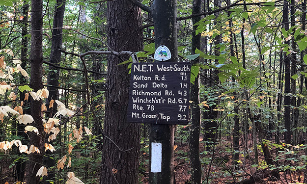 new england trail trail sign