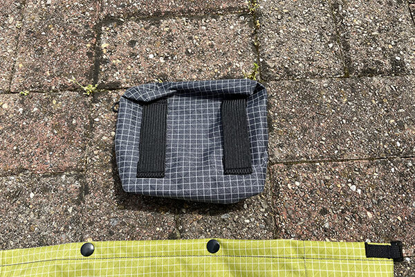 Back view of the hipbelt pocket